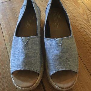 Toms espadrille peep toe sandal